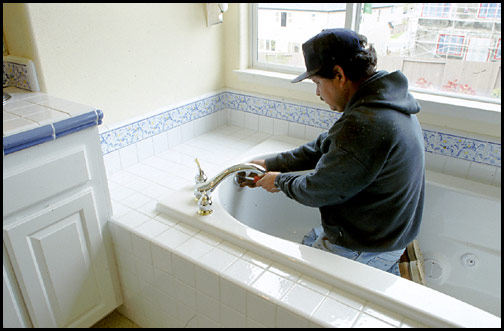 bathtub installtion