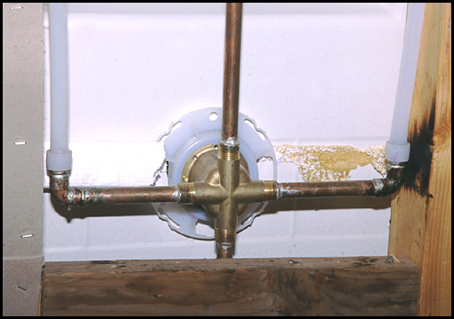soldered metal 4-way pipe