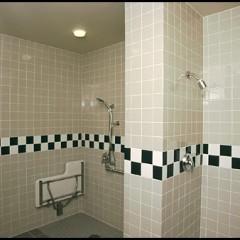 tiled giant showers