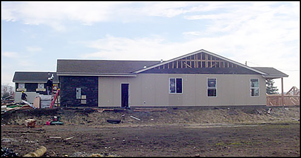 Side view of model home for 2006 Oakmont development