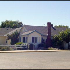 The original farm home of Earl Baum.